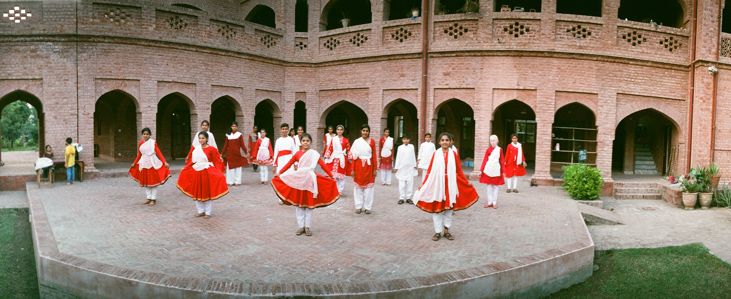 Kathak performance by students of Harsukh school Photo by AKSandhu